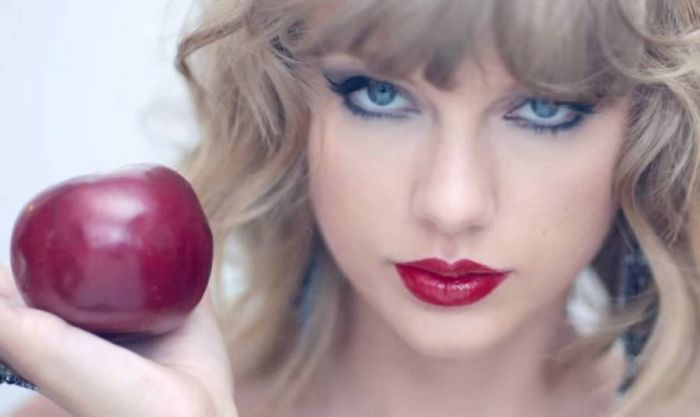 Taylor Swift, an apple and the World's Most Powerful Problem Solver