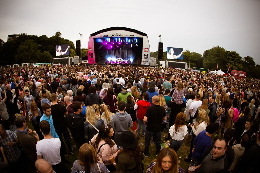 Crowd_LIMF_August15_Martin_WatersIMG_9591