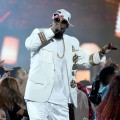 R. Kelly at the Soul Train Awards