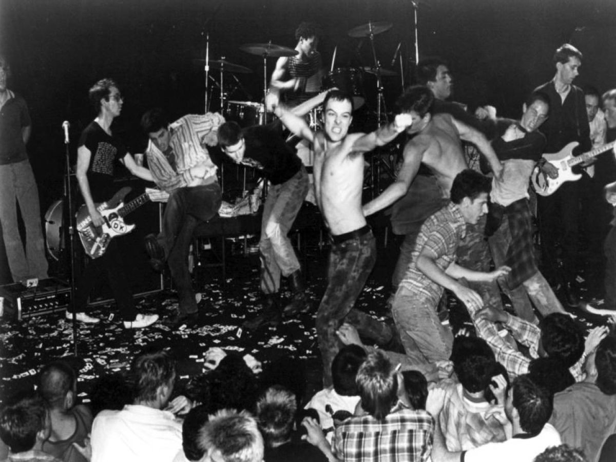 punk music concert review For the better part of 30 years — due to their individual careers in biochemistry  and other bands, respectively — descendents haven't been.