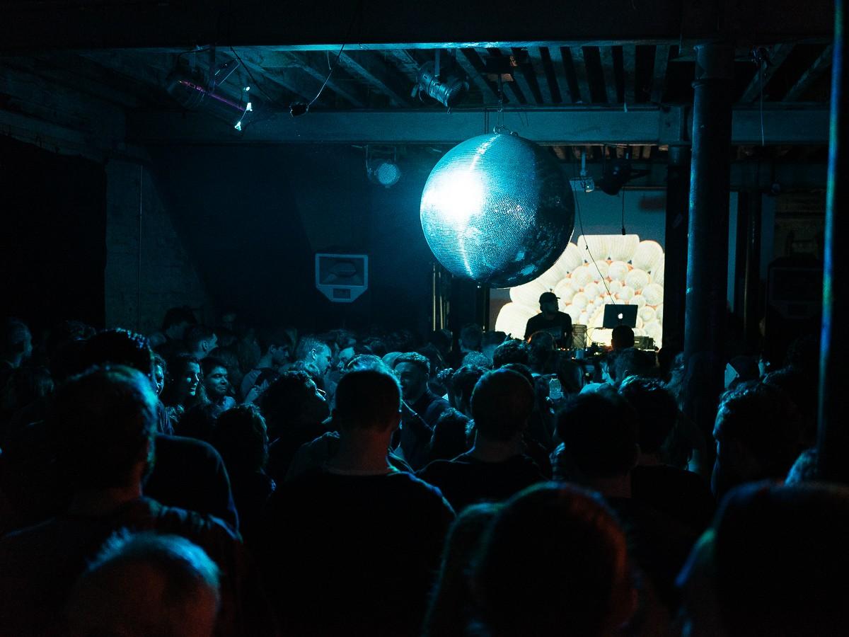Smug Dancing 10 Hours: Nightmares On Wax, Steve Cobby: 24 Kitchen Street